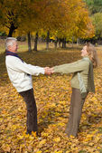 Old couple hanging — Stock Photo