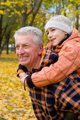 Grootouder en kid — Stockfoto