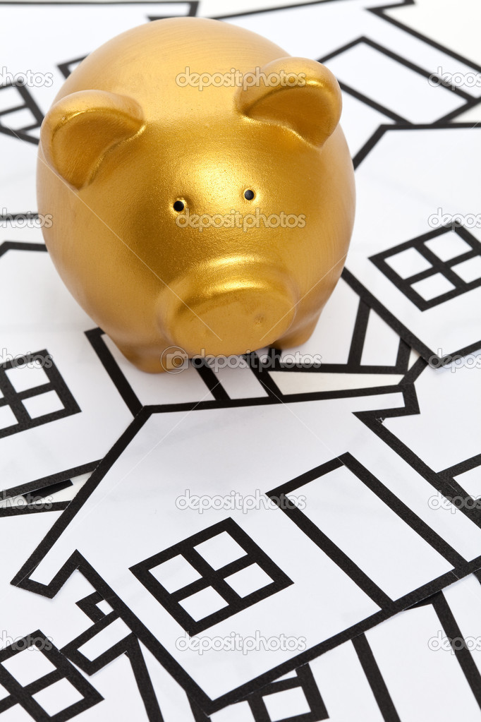 Golden Piggy Bank, Real Estate Concept — Stock Photo #7409360