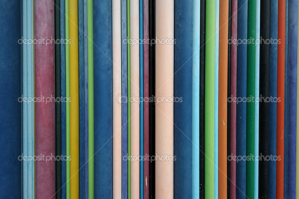 Diverse dimensions multicolored wires on a wall. Useful file for your communication, internet, networking brochure, presentation or flyer. — Stock Photo #6819051