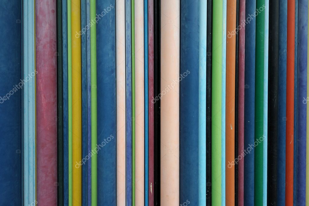 Diverse dimensions multicolored wires on a wall. Useful file for your communication, internet, networking brochure, presentation or flyer. — Stockfoto #6819051