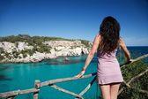 Ciemnych włosach kobiety na wakacje — Zdjęcie stockowe