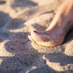 Varnish nail of woman foot — Stock Photo #6994346