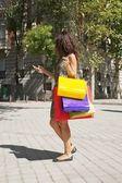 Shopper kvinna ringer — Stockfoto