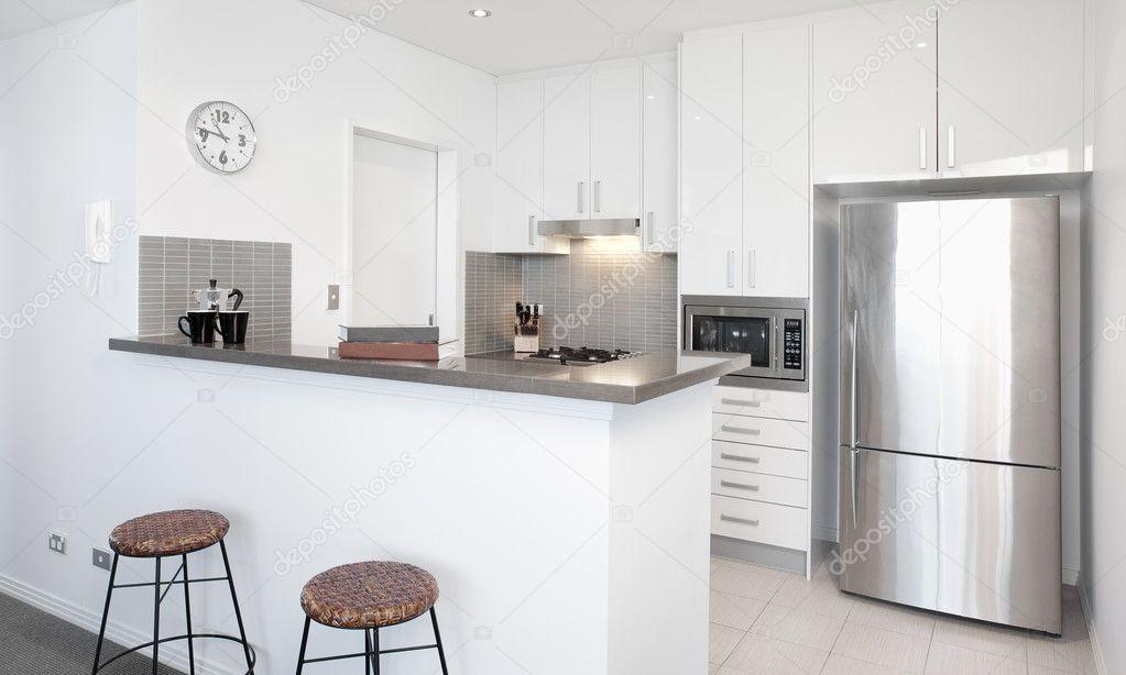 Cucina bianca moderna foto stock epstock 7536784 - Cucina moderna bianca ...