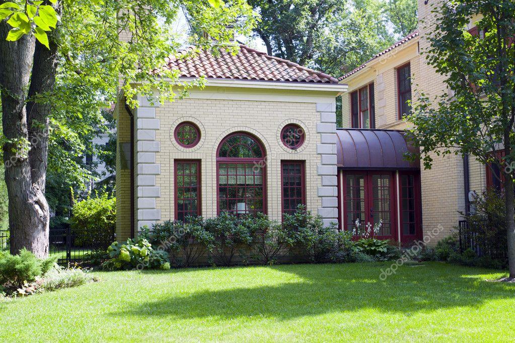 Casa americana foto stock maxym 6894510 for Piani casa americana