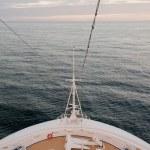 Постер, плакат: Cruise ship bow and sea
