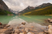 First light at Lake Louise — Stock Photo