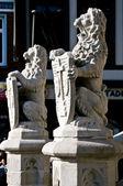 History The lions that guard the town Geraardsbergen in Belgium — Stock Photo