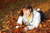 Sonbahar kadını — Stok fotoğraf