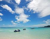 Clear water beach — Stok fotoğraf