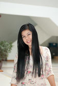 Cute asian young woman — Stock Photo