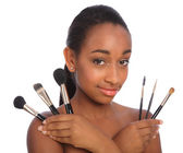 Pretty african american make up artist woman — Stock Photo