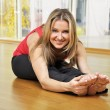 Woman doing stretching — Stock Photo