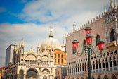 San marko katedrali ve doge sarayı — Stok fotoğraf