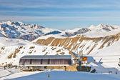 Kabelspoorweg station in franse alpen — Stockfoto