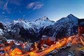 Ski-oord in de alpen — Stockfoto
