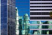 Miami architectural contrasts — Stock Photo