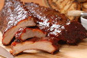 BBQ Ribs with toasted bread — Stock Photo