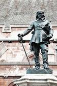 Standbeeld van oliver cromwell in londen, verenigd koninkrijk — Stockfoto