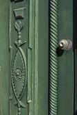 Puerta antigua madera verde — Foto de Stock