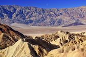 Moon Over Zabruski Point Death Valley National Park California — Stok fotoğraf