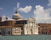 Basílica no grande canal de Veneza — Fotografia Stock