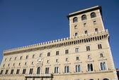 дворец assicurazioni generali в риме — Стоковое фото