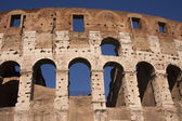 Colosseum ancient amphitheatre in Rome — Stock Photo