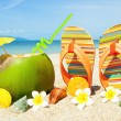 Ocean Beach with palm and exotic coctail — Stock Photo