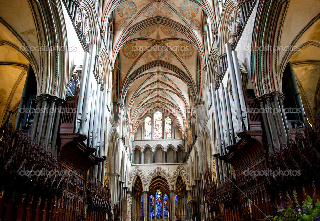 Photo of salisbury cathedral  internal view of ceiling — Stock Photo #6936331