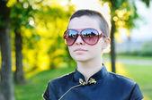 Portret van kale jonge vrouw — Stockfoto