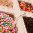 Foto Stock: Frozen yogurt topping