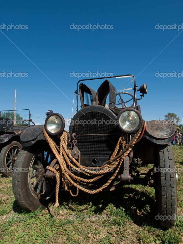 Old car on the display at the Yesteryear Farm Show in Longmont, Colorado. — Stock Photo #6839718