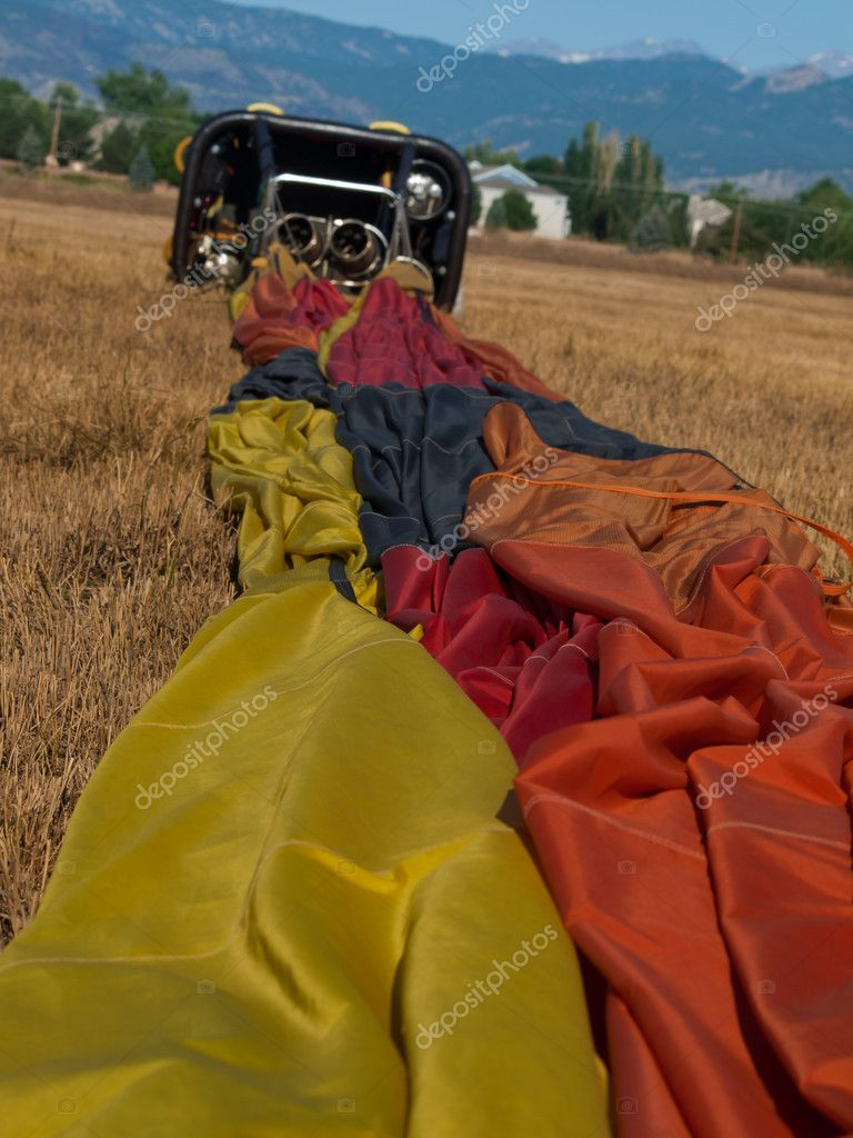 Hot air balloons in a field during a festival in Loveland, Colorado. — Stock Photo #6840805