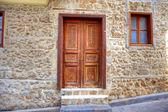Antigua puerta de madera — Foto de Stock