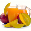 Mango juice and fruit — Stock Photo