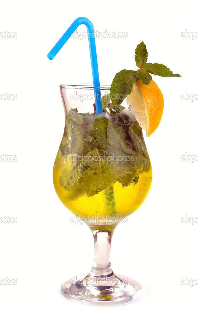 Mojito cocktail with lemon and gold tequila — Stock Photo #7475518