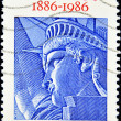 Stamp shows drawing the face of the statue of liberty — Stock Photo