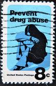 """Razítko ukazuje smutný mladá žena text """"zabránit zneužívání drog"""" — Stock fotografie"""