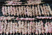 Lamb kabobs grilled on skewers — Stock Photo