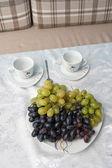 Uvas na mesa — Foto Stock