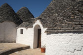 Alberobello (Bari, Puglia, Italy): House in the trulli town — Stock Photo