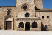 Santa maria di propezzano (teramo, abruzzo, italien) - romanska — Stockfoto