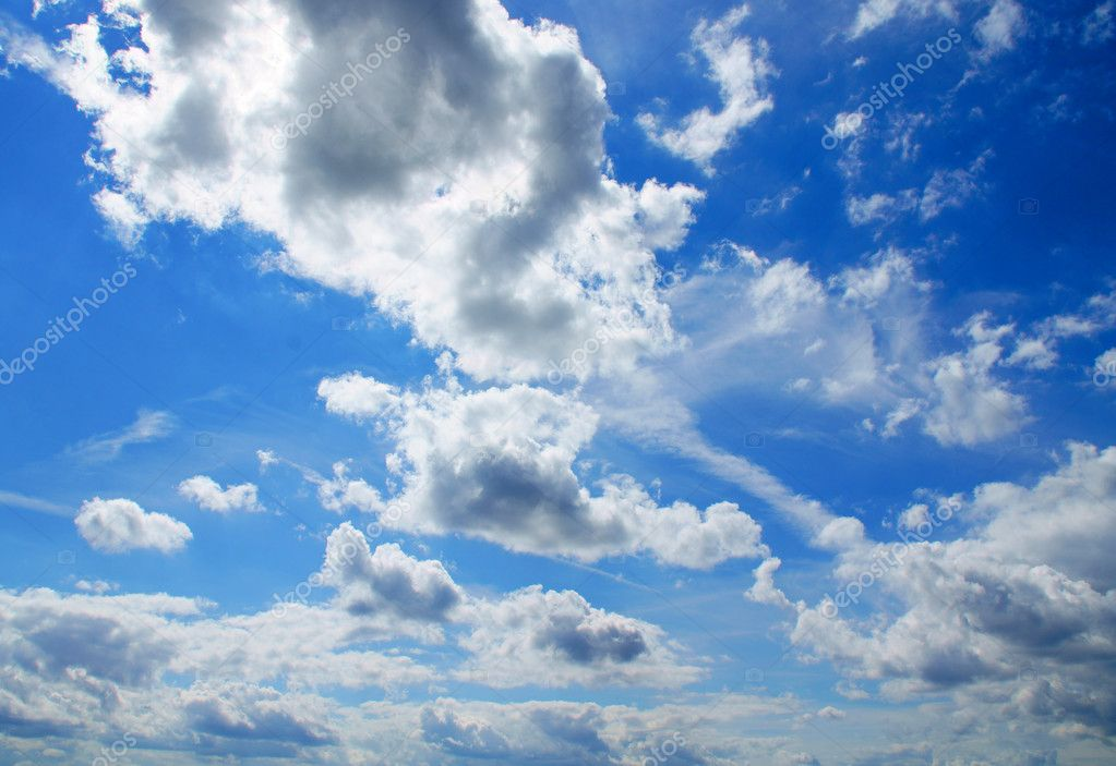 Beautiful clouds and a blue sky — Stock Photo #6824689
