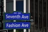 Fashion Avenue and Seventh Avenue street sign in New York City — Stock Photo