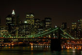 Brooklyn Bridge and Manhattan Skyline at Night — Stock Photo