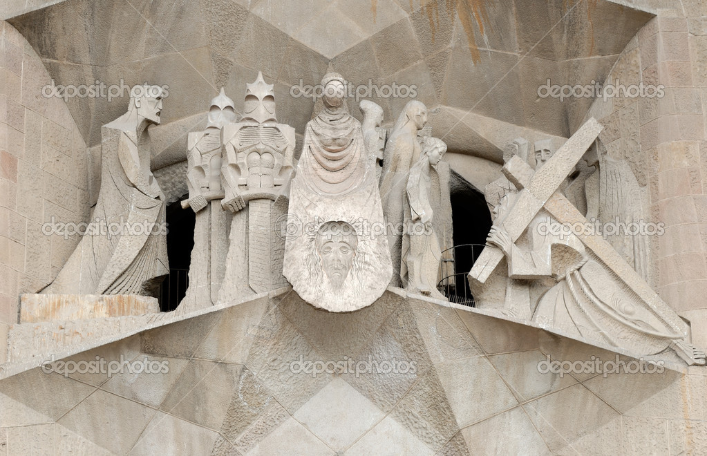 Statues at Sagrada Familia in Barcelona Spain — Stock Photo #6777279