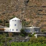 Modern windmill shaped building in Santorini, Greece — Stock Photo