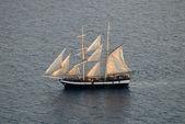Sailing ship in the Aegean Sea near Santorini, Greece — Stock Photo